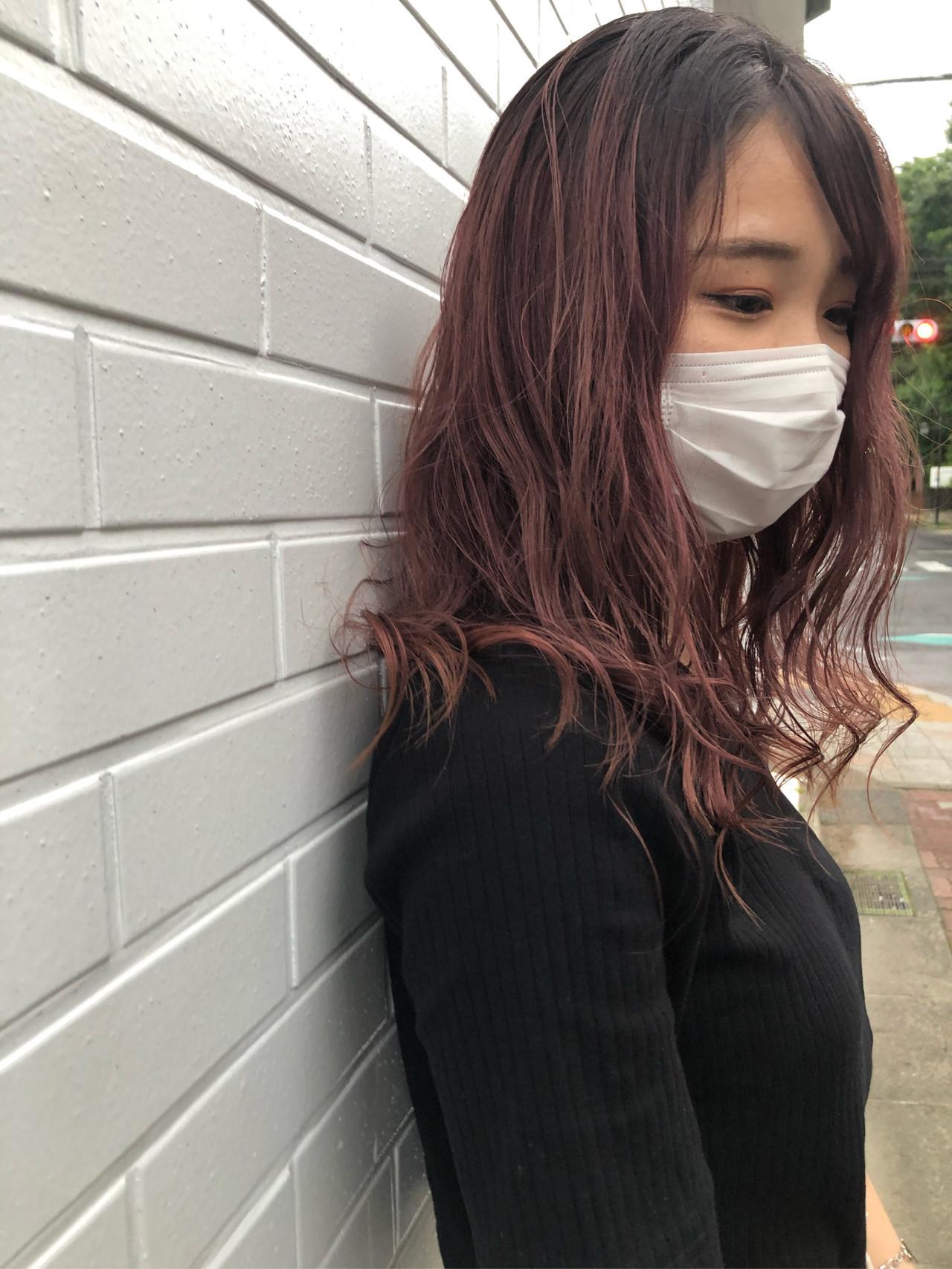 ピンクラベンダー ピンクベージュ ピンク セミロング ヘアスタイルや髪型の写真・画像