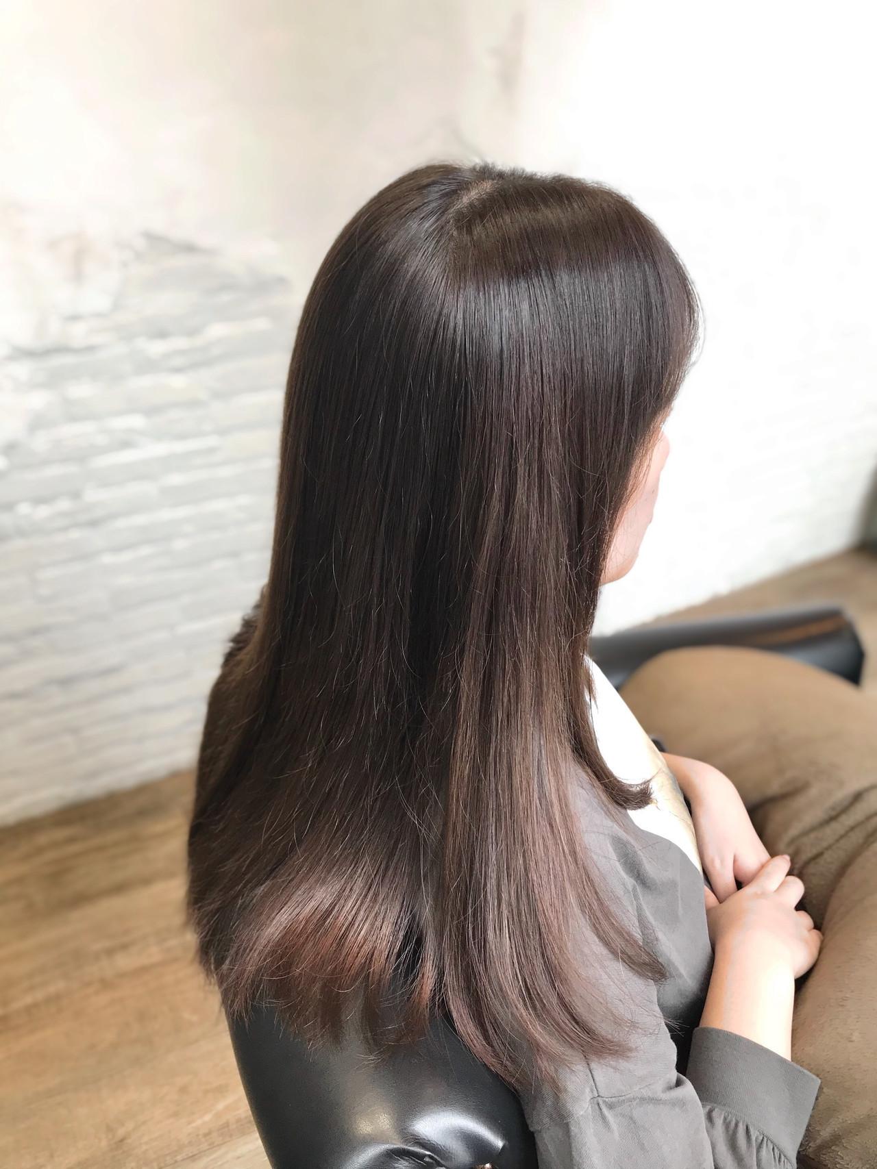 グラデーションカラー アッシュグレージュ コンサバ グレージュ ヘアスタイルや髪型の写真・画像