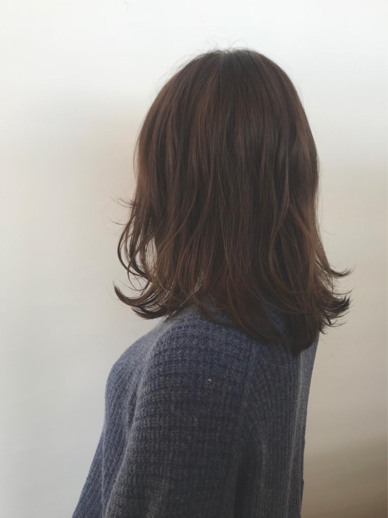ゆるふわ 外ハネ 切りっぱなし アンニュイ ヘアスタイルや髪型の写真・画像