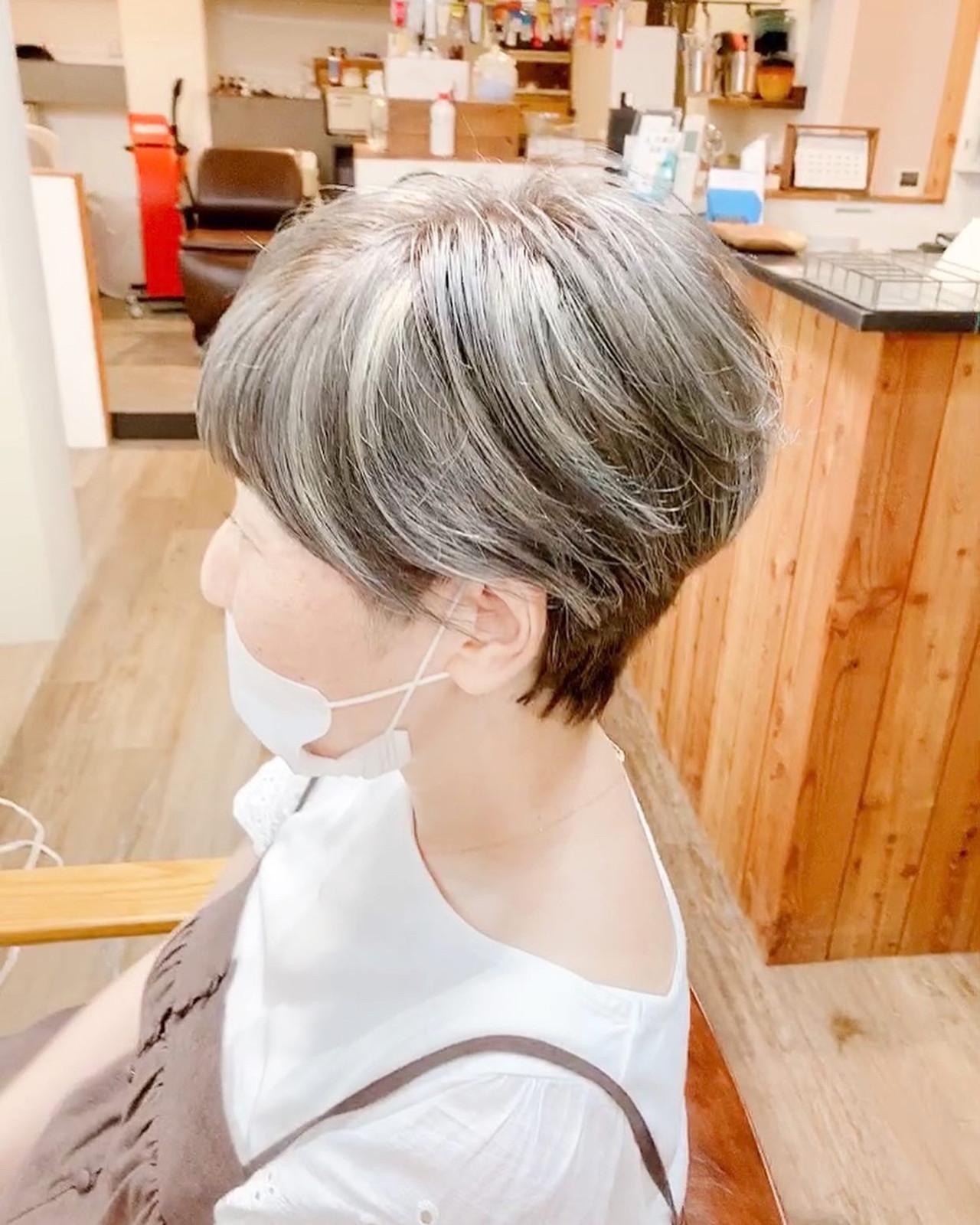 ショート ナチュラル ウルフカット ベリーショート ヘアスタイルや髪型の写真・画像