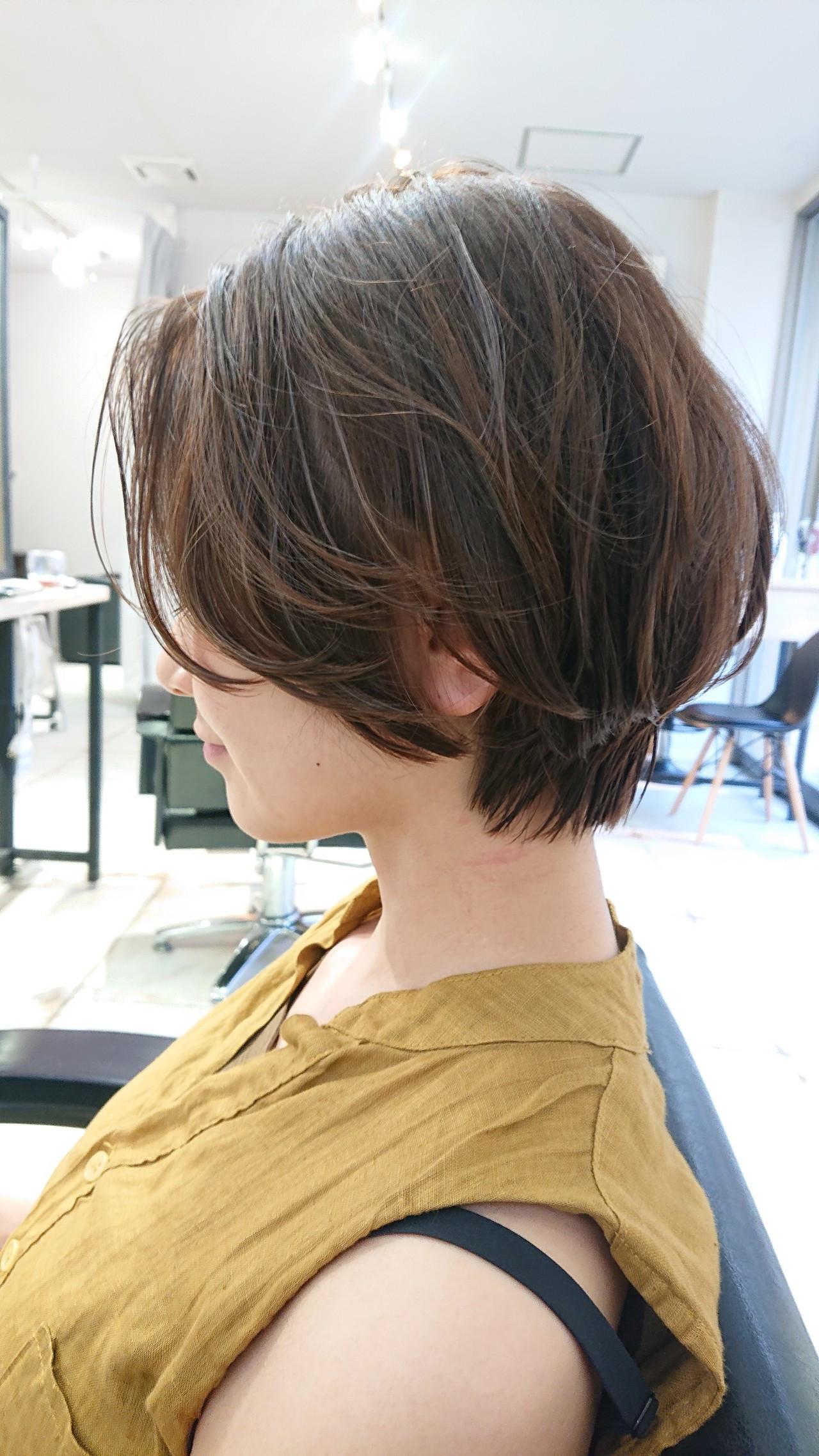 美シルエット ショートボブ ショートヘア ナチュラル ヘアスタイルや髪型の写真・画像[エリア]