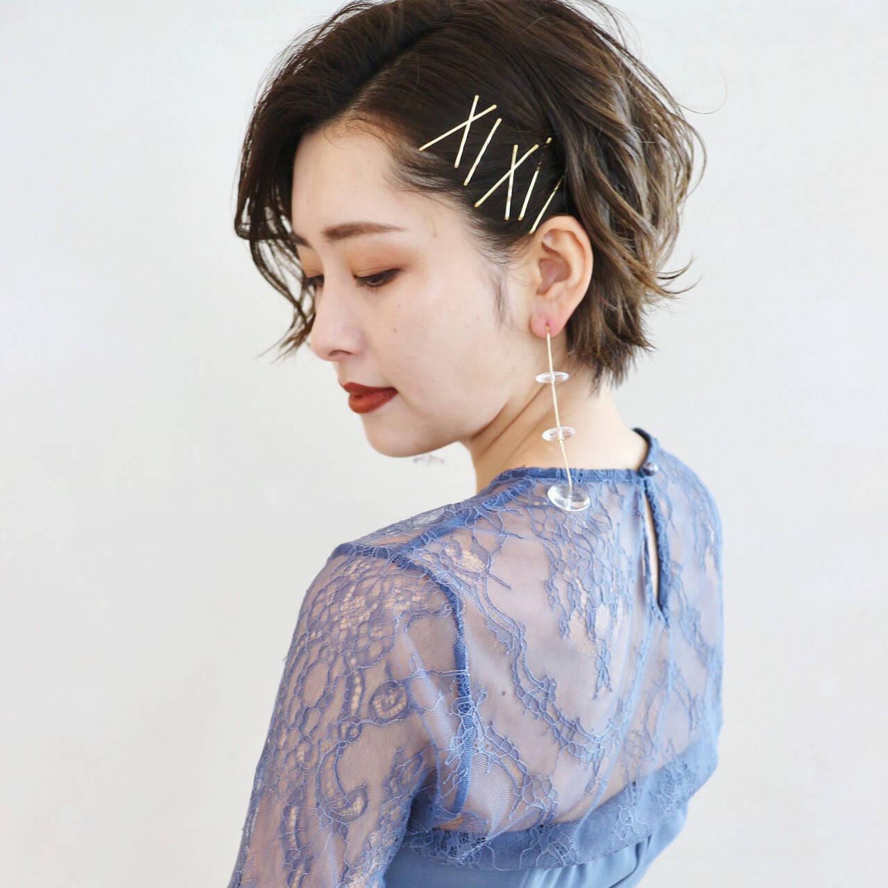 サイドにヘアピンで固定 三好 佳奈美  Baco.(バコ)