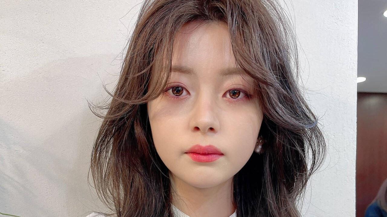 【韓国風巻き髪】通称女神ヘアの『ヨシンモリ』をマスターせよ!
