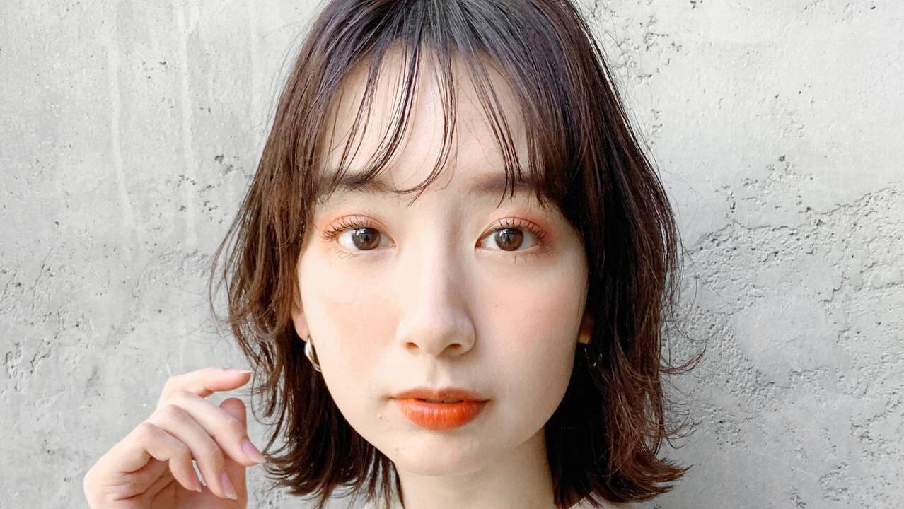 前髪は女の子の命♡種類別に上手に巻く方法をお教えします⇒