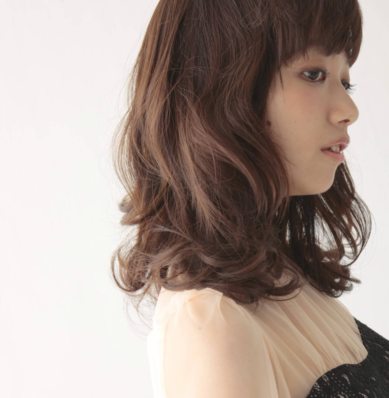 ミディアムのふわくしゅヘア of hair 店長&director 岡田慎矢  of hair表参道店