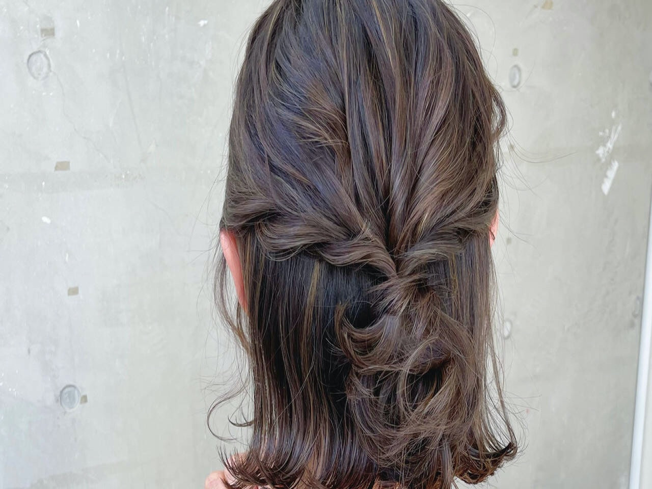 今日の髪どうする? | 簡単セルフヘアアレンジ【ボブ】