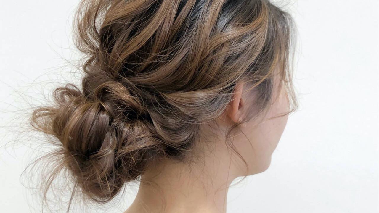 くせ毛を活かす!簡単ヘアアレンジ3選【ミディアム〜ロングさん向け】