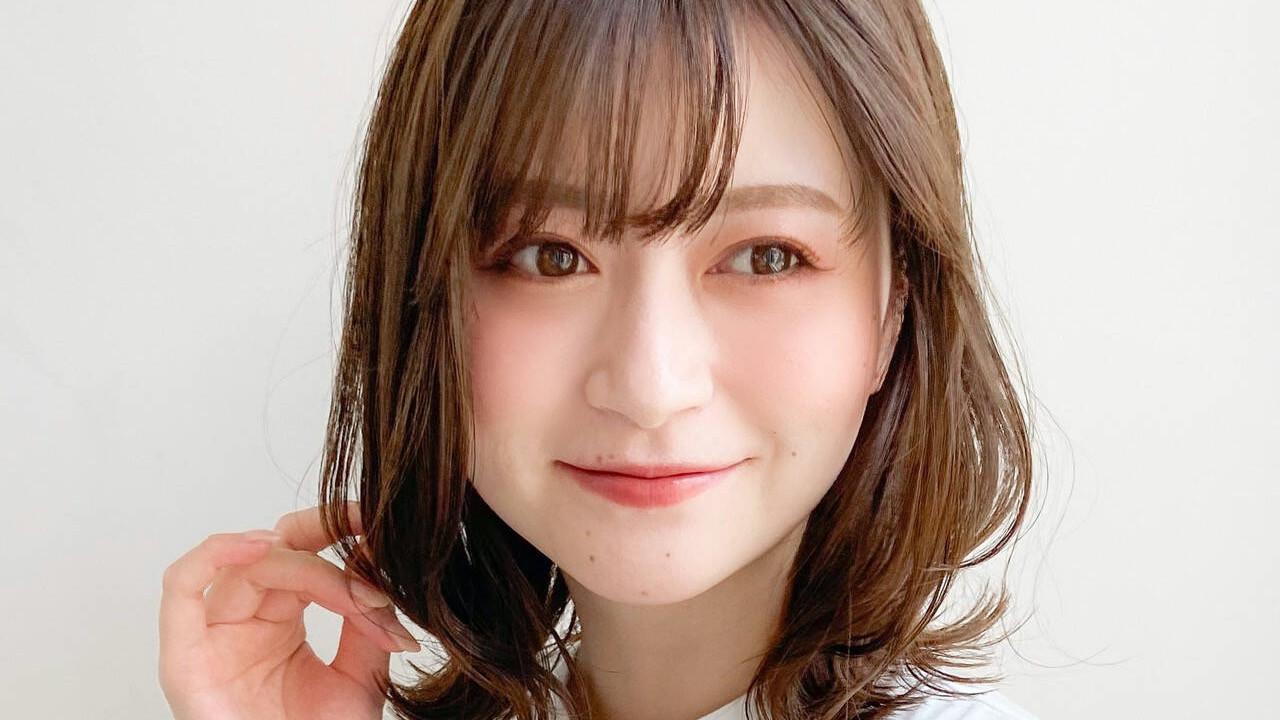 【顔型別】前髪ありのミディアムヘアの選び方→
